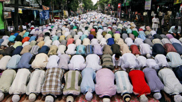 Prayers Suspended In All Mosques Including Friday prayers