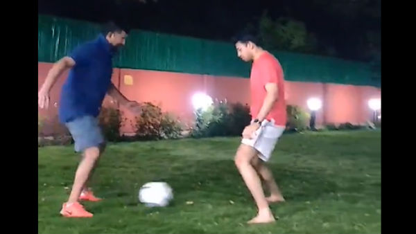 MP Tejasvi Surya And Pratap Simha Played Football In Parliment Outside