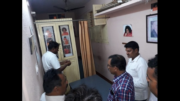 Ayush Officials Raid On Homeopathy Clinic In Davanagere