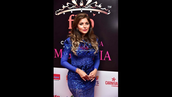Coronavirus outbreak: FIR registered against singer Kanika Kapoor for partying