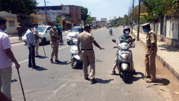 Lockdown Violation: Over 80 Vehicles Seized In Davanagere