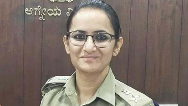We Need People Support To Beat Corona Says DCP Isha Pant