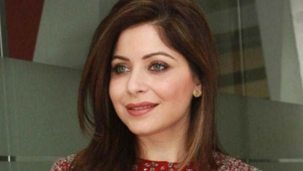 Behave Like A Patient Doctors Said To Kanika Kapoor