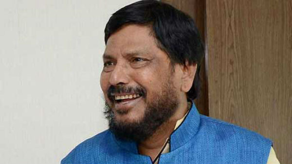 Coronavirus Song: Central Minister Ramdas Athawale Sing A Song At India Gate