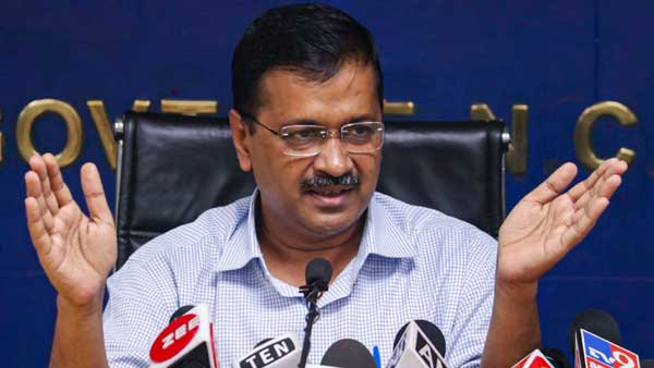 Arvind Kejriwal Announced 5000 Rupees To Auto And Cab Drivers
