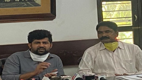 Government Should Buy Tobacco: MP Prathap Simha