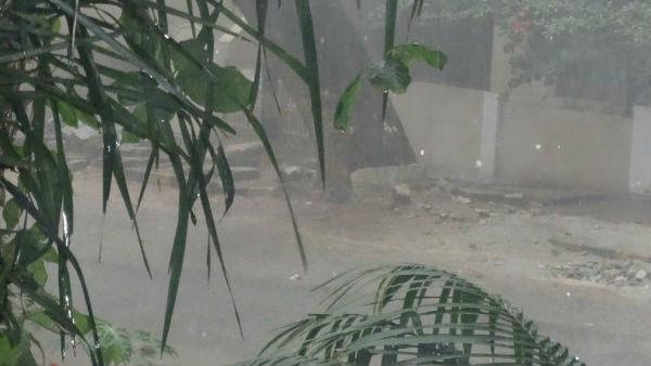 ರಾಜ್ಯಾದ್ಯಂತ ಭಾರಿ ಮಳೆ: ಟ್ರಾಫಿಕ್ ಜಾಮ್ ಸಮಸ್ಯೆ ಮಾತ್ರ ಇಲ್ಲ