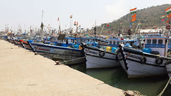 Give Opportunity For Fishing In Coastal Area: Anand Asnotikar