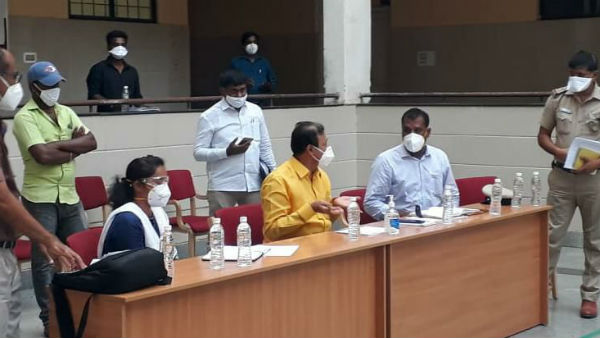 Minister Narayana Gowda Reviewed The Quarantine System In KR Pete