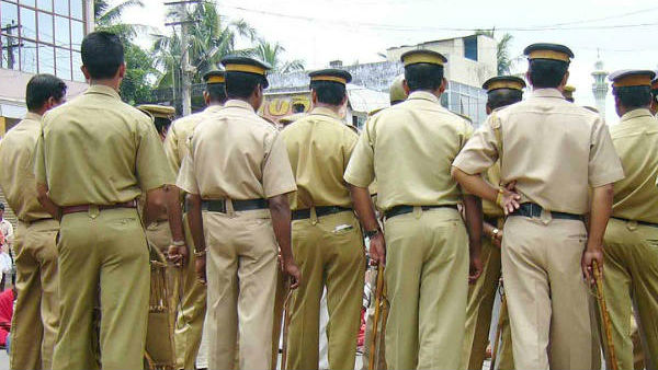 2 Policemen Injured After Migrant Labourers Allegedly Pelted Stones