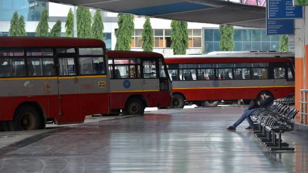 Rs 100 will be fined for those who spit in KSRTC Bus Stand
