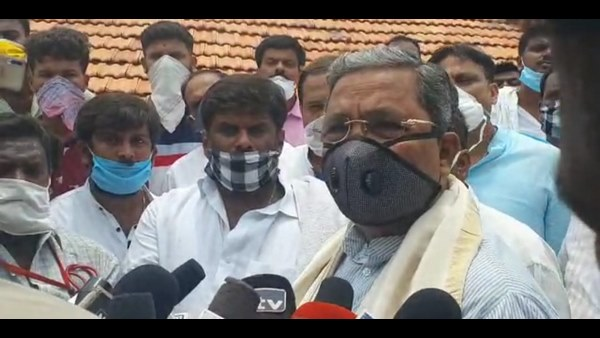 Siddaramaiah instructed officials to look into spread of coronavirus infection in Badami taluk