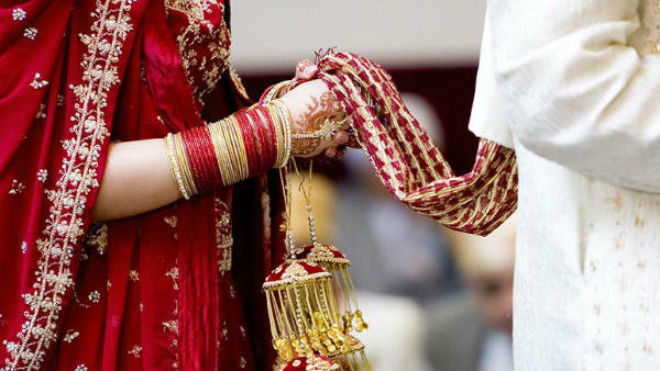 punjab: Runaway couple fined 10,000 for not wear mask at marriage