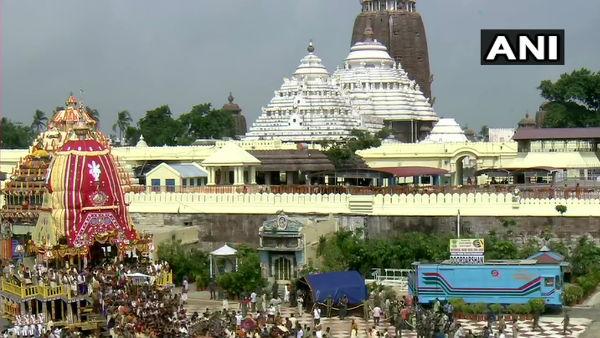 ಪುರಿ ಜಗನ್ನಾಥ ರಥಯಾತ್ರೆ ಆರಂಭ:700 ಪುರೋಹಿತರಿಗೆ ಕೊವಿಡ್ ಪರೀಕ್ಷೆ