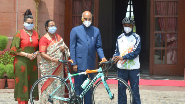 President Kovind Gifted A Racing Bicycle To A School Boy