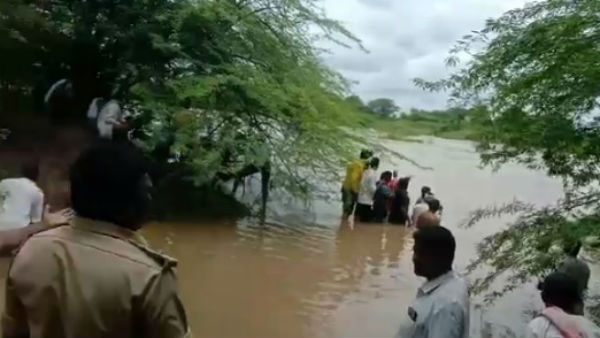 8 Persons Rescued From Kagina River Flood In Kalaburagi