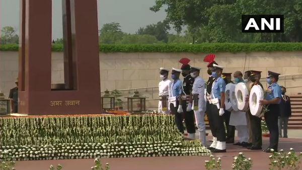 ಭಾರತದಲ್ಲಿ 21ನೇ ಕಾರ್ಗಿಲ್ ವಿಜಯ್ ದಿವಸ್ ಆಚರಣೆ ಸಂಭ್ರಮ