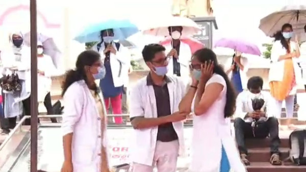 Medical Students Protest Continues To Ninth Day In Davanagere