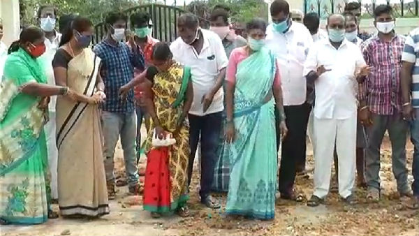 Davanagere Ramanagar Residents Protested Against Cremating Corona Infected People
