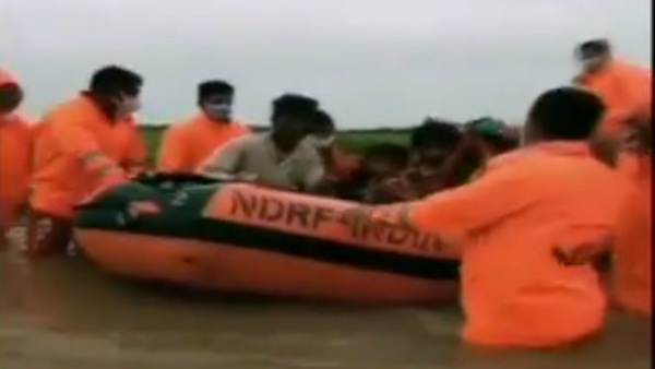 NDRF Team Rescued 30 People Stranded In Gujarat Flood Area