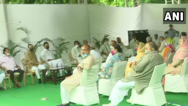 Rajasthan Politics: CM Ashok Gehlot And Sachin Pilot At CLP Meeting Before State Session