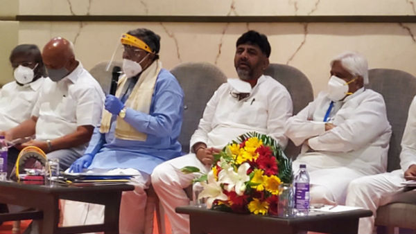 We are ready to discuss on no confidence motion in assembly: siddaramaiah