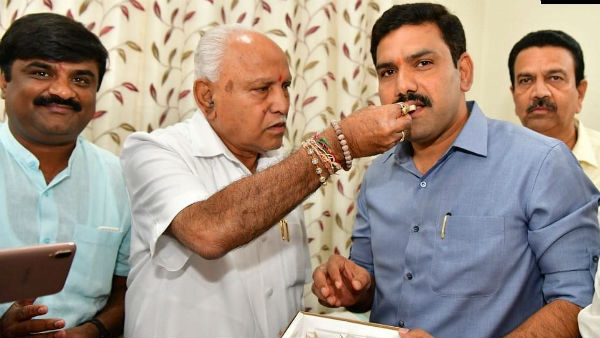 CM Yediyurappa Son BY Vijayendra Meeting With Doctors INC Karnataka Tweet
