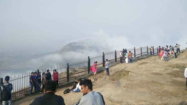Chikkaballapura: Only People Wearing A Mask Will Be Allowed Entry To Nandi Hills