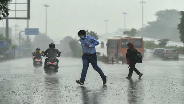 Moderate Intensity Rain Continued In Several Parts Of Delhi And UP In Next 2 Hours