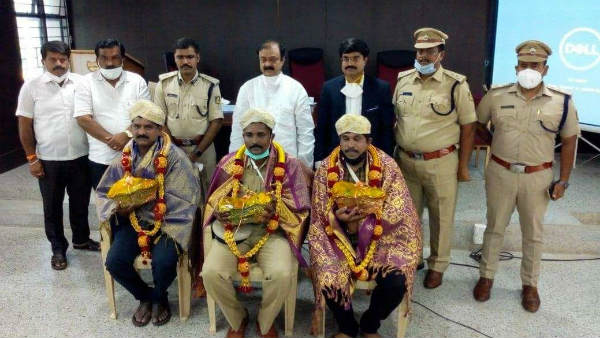 Mandya: Felicitation To Police Personnel Who Succeeded In Arakeshwara Temple Triple Murder Case