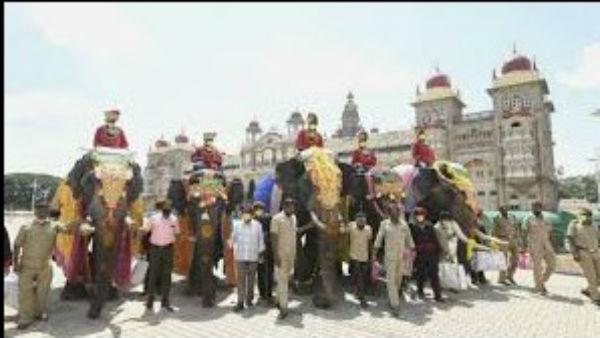 ಮೈಸೂರು ದಸರಾ: ವಿಜಯದಶಮಿ ದಿನದಂದು ಅರಮನೆ ಆವರಣದಲ್ಲಿ ಸರಳ ಜಂಬೂಸವಾರಿ