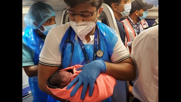 IndiGo Offers Free Lifetime Tickets For Baby Who Born Onboard