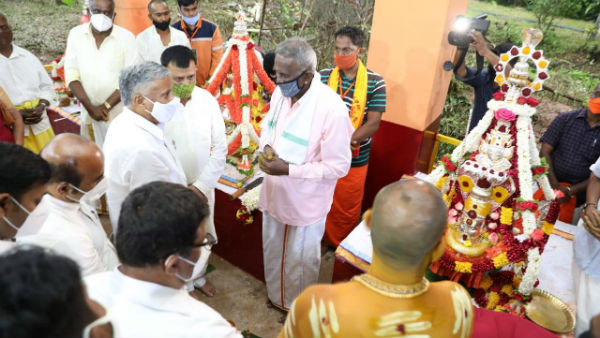District in Charge minister V Somanna says felt Happy to inaugurate Madikere Dasara