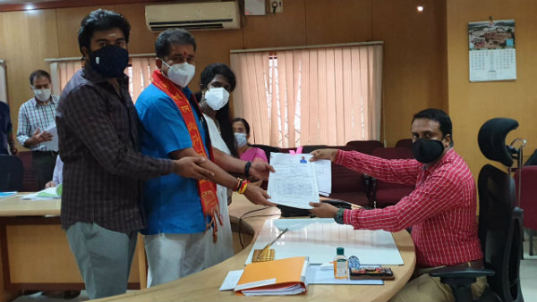 Chitradurga: DT Srinivas Filed Nomination As Independent Candidate In South East Graduates Constituency Election