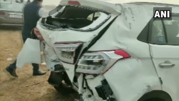 Fog: 8 Vehicles Crash Into Each Other In Yamuna Express Way