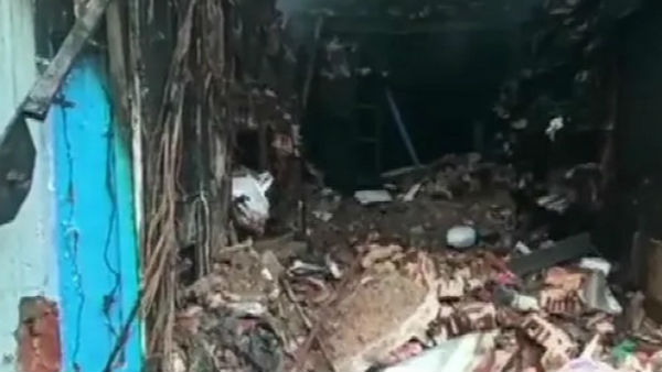 Tamil Nadu: Two Firemen Killed In Madurai Building Collapse