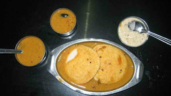 Davanagere: About 30 Customers Fell Ill After Consuming Breakfast
