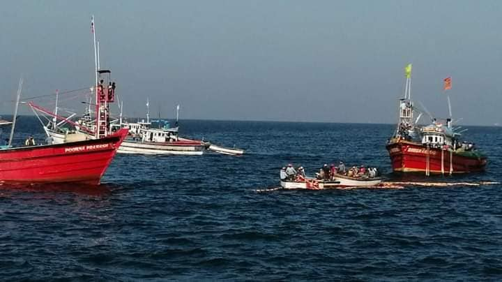 Boat Capsized In Arabian Sea Four Fishermen Missing