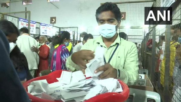 GHMC Election results: ಆರಂಭಿಕ ಮುನ್ನಡೆ ಪಡೆದ ಬಿಜೆಪಿ