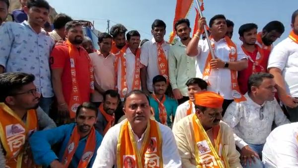 Belagavi: Shivasena President Vijay And Activists Trying To Enter Karnataka Border Failed