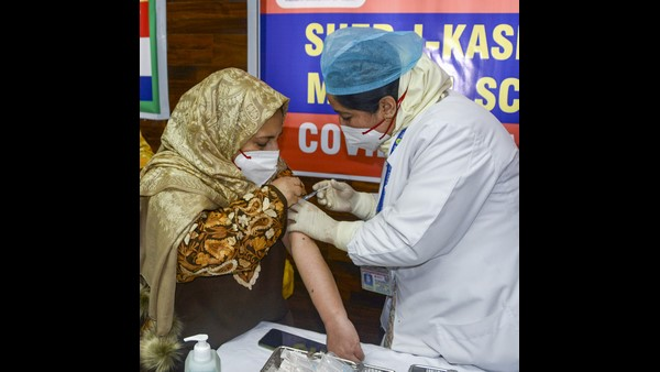 20.29 Lakh Health Workers Are Vaccinated In Just 11Th Days At India