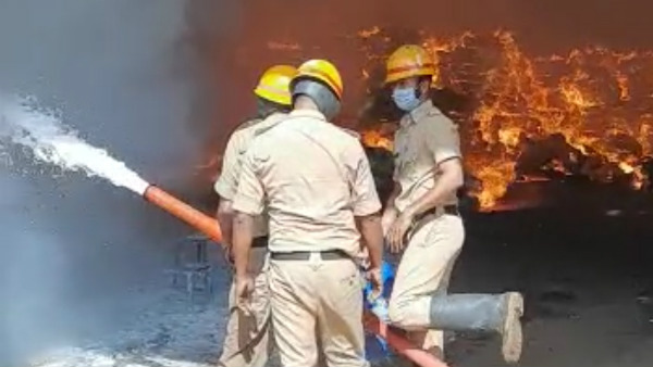 Davanagere: Fire Accident In A Liquor Factory; One Death