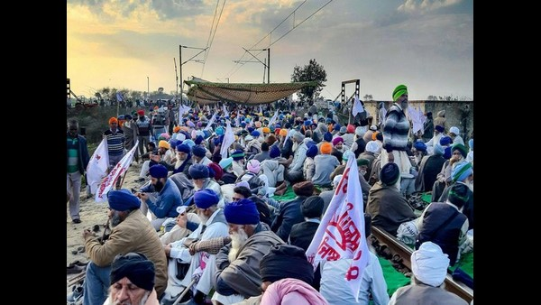 Farmers Protests Caused Business Loss Of Rs 50,000 Crore: CAIT