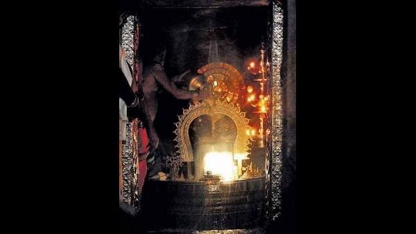 ಗವಿಗಂಗಾಧರೇಶ್ವರನನ್ನು ಸ್ಪರ್ಶಿಸದ ಸೂರ್ಯರಶ್ಮಿ: ಯುದ್ದದ ಸೂಚಕ