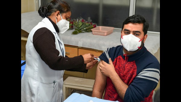 New Record:10 Lakh Health Workers Are Vaccinated In Just 6 Days At India