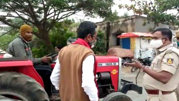 ಕೋಲಾರ; ಬೆಂಗಳೂರಿಗೆ ಹೊರಟಿದ್ದ ರೈತರ ಟ್ರಾಕ್ಟರ್ ಪೊಲೀಸ್ ವಶಕ್ಕೆ