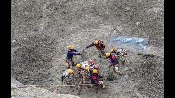 ಉತ್ತರಾಖಂಡ್ ಹಿಮಪಾತ: 3 ಮೃತದೇಹ ಪತ್ತೆ, 16 ಜನರ ರಕ್ಷಣೆ