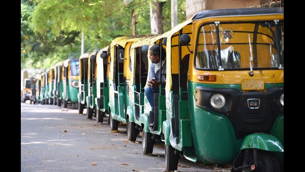 ಕೇಂದ್ರ ಬಜೆಟ್ 2021; ಆಟೋ, ಟ್ಯಾಕ್ಸಿ ಚಾಲಕರ ಉಪವಾಸ