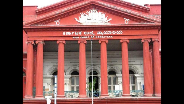 HC seeks response from Govt on travel restrictions between Karnataka and Kerala