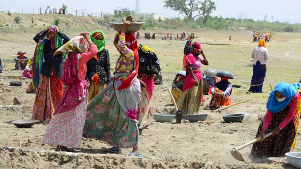 Demand For Mnrega Continues Even After Six Months